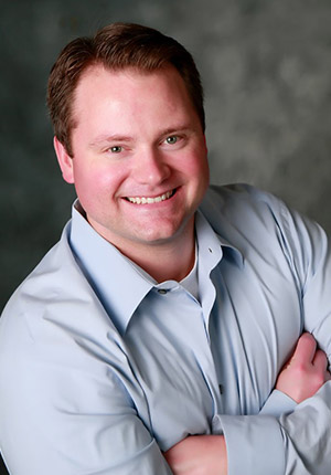 Head shot of Christopher Capehart, DDS
