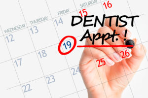 Calendar with dentist appointment